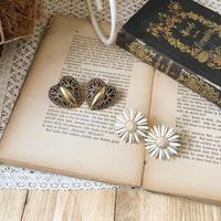 vintage lady earring or pierce