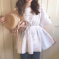 pleats lace back ribbon blouse