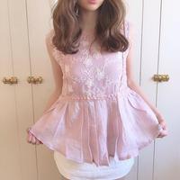 flower lace center pleats blouse