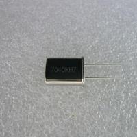 7040KHz HC-49U Type 水晶振動子   (X'TAL 7040KHz HC-49U TYPE)