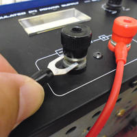 1.5-2.5mm2 線用  Y端子20個セット  赤/黒 絶縁キャップ付き  ( ZHW-527 )