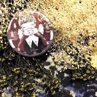 淑女標本の缶バッジ