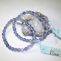「アイオライト・珠径5.5-6mm・腕サイズ14/15cm」透明感あるスミレ色の美しい石です♪