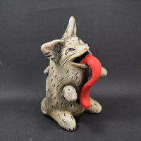 「猫又お香スタンド」【注文制作】コワ可愛い♪コーンタイプのお香を入れると妖しく煙を吐き出します♪