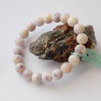 「ティファニーストーン・珠径10mm・腕サイズ17cm」紫と白のマーブル模様が魅力的な石です♪「AB24」