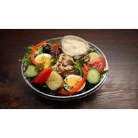 自家製カジキマグロのコンフィと季節野菜のサラダ Homemade swordfish confit salad with seasonal vegetables