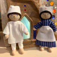 ドールハウス人形お医者さん(左)