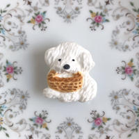 eikobo  |  brooch / いぬ カゴ