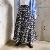 1990s 【express】ネイビーにマーガレット柄 ポリエステル ラップスカート [7562]