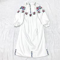 1920'S  アンティーク ウクライナ刺繍ワンピース(WHITE)[7026]