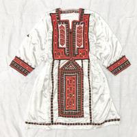 パキスタンヴィンテージバロチ刺繍ドレス(WHITE)[7006]