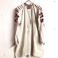 1920'S  ANTIQUE ウクライナ刺繍襟付きドレス(IVORY)[7156]