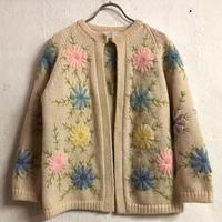 1960〜70'S VINTAGE フラワー刺繍カーディガン (IVORY) [7330]