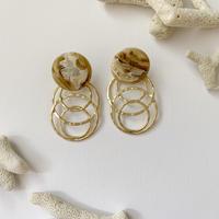 shell & matt gold ring earring