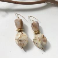 vintage  beigy earring