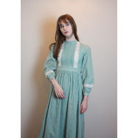 D220 - LAURA ASHLEY rare Made in wales dress