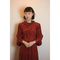 D633 - 1970s Paisley dress