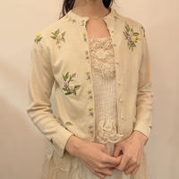 Rose embroidered cardigan