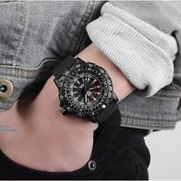 aidis メンズ腕時計 クォーツ 防水 メンズファッション 海外限定品 ミリタリー