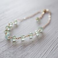 【14kgf】プレナイトのブレスレット/Prehnite bracelet