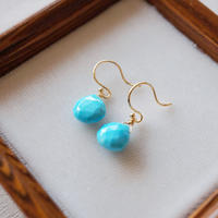 【K18】【12月誕生石】スリーピングビューティーターコイズの一粒ピアス【December birthstone】Sleeping beauty turquoise earrings