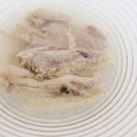 ≪逸品≫ハーブ鶏手羽先スープ仕立て