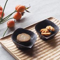 トナリ木工     黒葉豆皿 TON-25