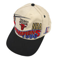 90's OLD CHICAGO BULLS 6-panel CAP TAIWAN製