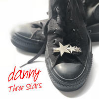 danny 4th mini album  「Three Stars」
