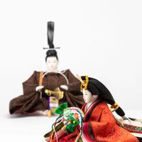 京十一番親王飾「唐花文錦:黒茶色」