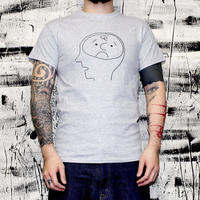 C by KEN KAGAMI / 脳(Brown Brain)  T-shirt (Grey)