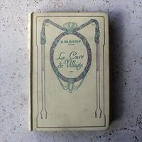 フランス ネルソン社のアンティーク本「Le Cure de Village」