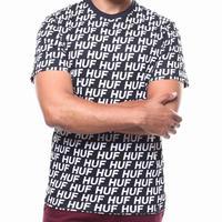 USA正規品 HUF ハフ 半袖 Tシャツ モノグラム 総柄 NIGHT MARKET 黒 ブラック 綿100% オールオーバーロゴ テキスタイル USA正規品