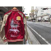 【SALE】Yokosuka刺繍入り 横須賀発祥 スカジャン SUKAJAN 狼 オオカミ WOLF 赤 レッド 内ポケット付き 総刺繍 サテン地