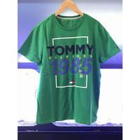 USA正規品 トミーヒルフィガー TOMMY HILFIGER 半袖 Tシャツ パッチロゴ 1985 NY 緑 グリーン アメリカモデル