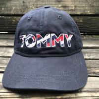 海外限定モデル TOMMY HILFIGER トミーヒルフィガー FLAG ストラップバック キャップ 帽子 ローキャップ 紺 トリコロール ネイビー サイズ調節可