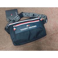 USA正規品 トミーヒルフィガー TOMMY HILFIGER クロスボディ 斜め掛け ボディバッグ ウェストバッグ 紺 ネイビー citytrek2 ブランドロゴ