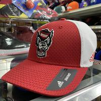 Adidas アディダス Collegiate ノースカロライナ州立大学 NC State Wolfpack ウルフパック メッシュキャップ