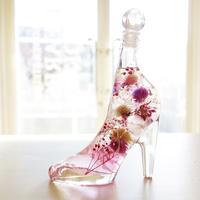 """Herbarium """"princess PINK"""" 蝶々の舞うピンクのガラスの靴ハーバリウム"""