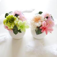 "memorial flower ""HUWARI"" (プリザーブドフラワーの仏花) PINK or GREEN"