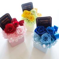 """Design Flower """"bonheur"""" 【メッセージプレート付き】可愛らしく鮮やかなプリザーブドフラワーギフト"""