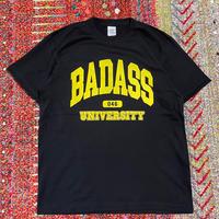 (Tee) mobiledisco BADASS 046 UNIVERSITY Tee -BLACK-