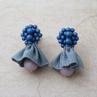 a.g.t.a.m. ピアスorイヤリング P6101-16 青×グレーリボン