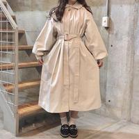 丸襟ロングコート