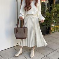 ホワイトベロアプリーツスカート【202-4026】