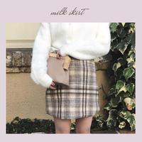 ミルクチェックタイトスカート