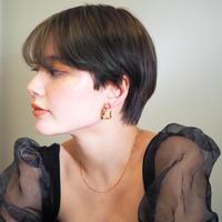 oval twisted earrings -Pierced earrings-