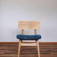 Agura chair M 藍染