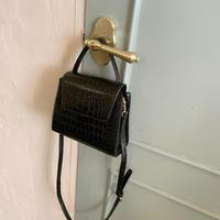 《 即納 》crocodile shoulder bag