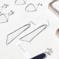 薄いガラスの羽・ピアスイヤリング//HAKU GLASS WING PIERCE & EARRINGS | ブラック・クリア  ※金具選択可